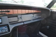 Peugeot-304-24