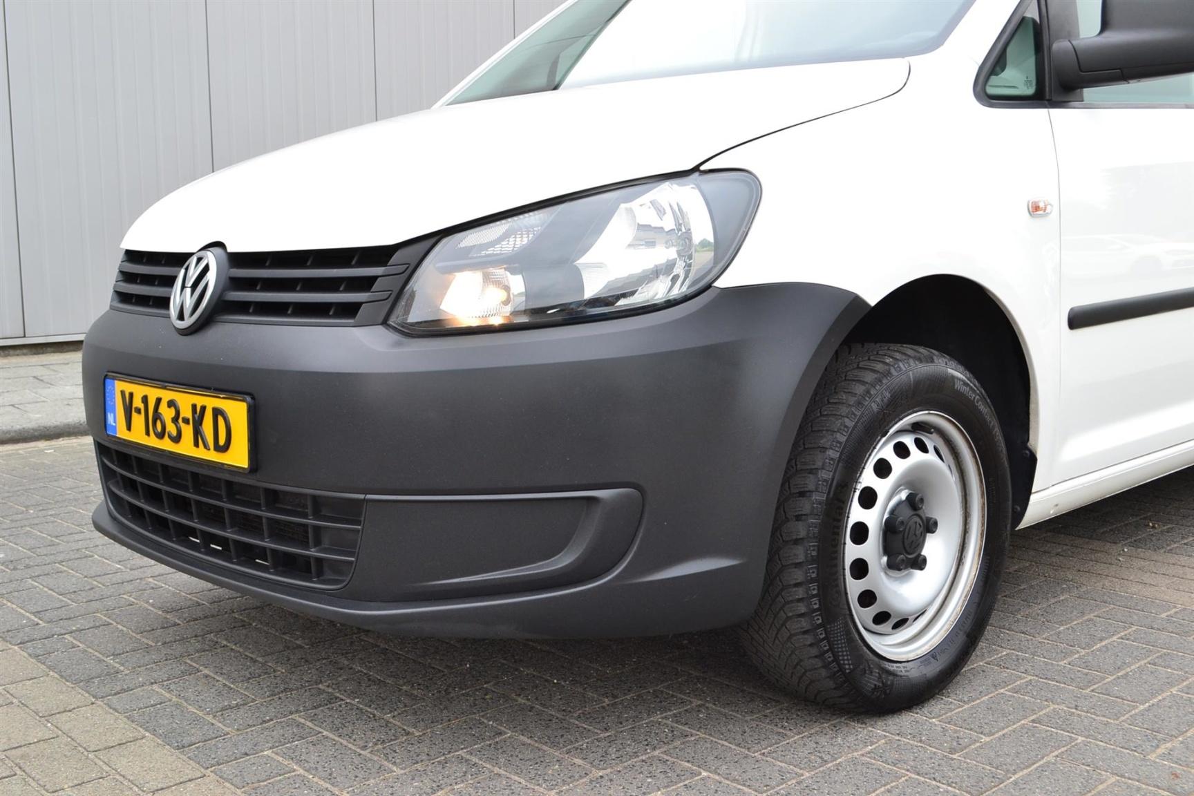 Volkswagen-Caddy-31