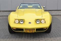 Chevrolet-Corvette-33