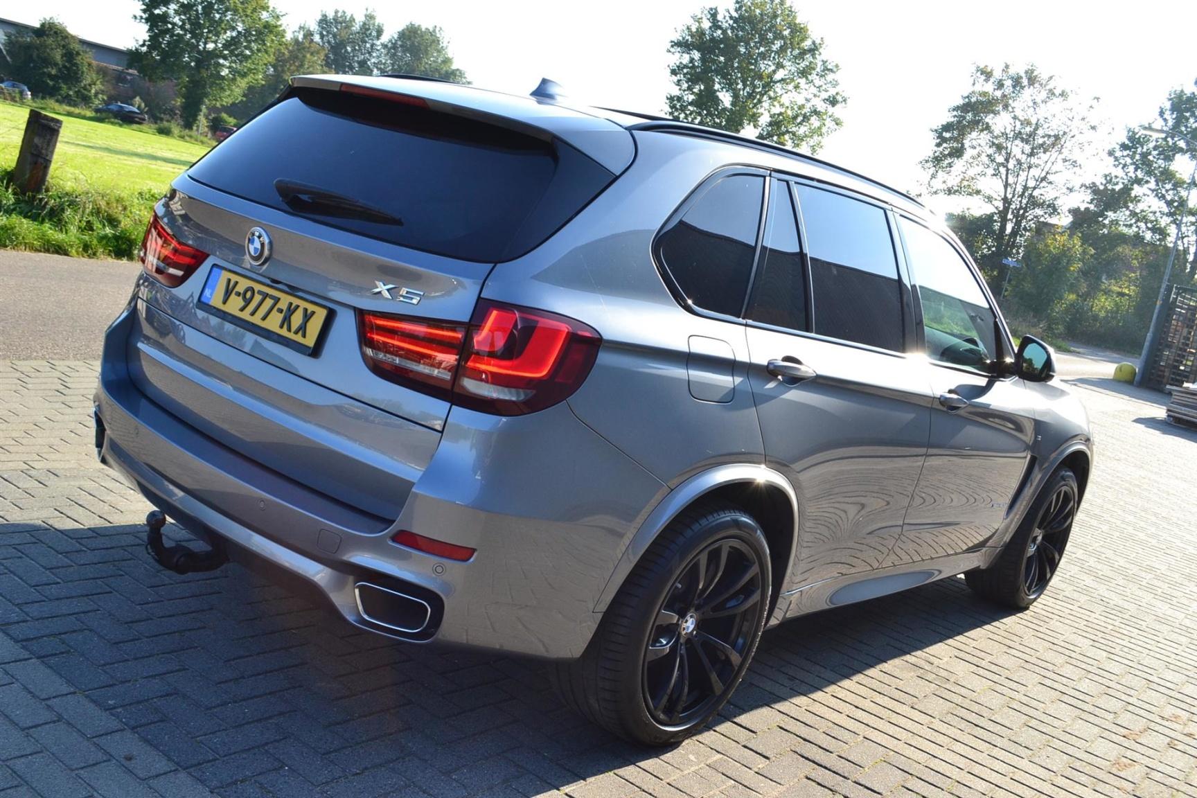 BMW-X5-36