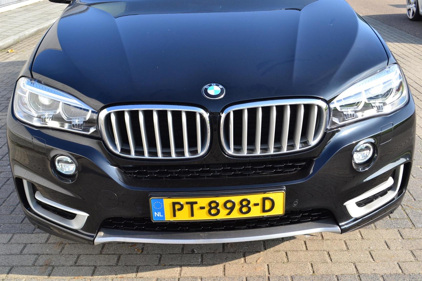 BMW-X5-33