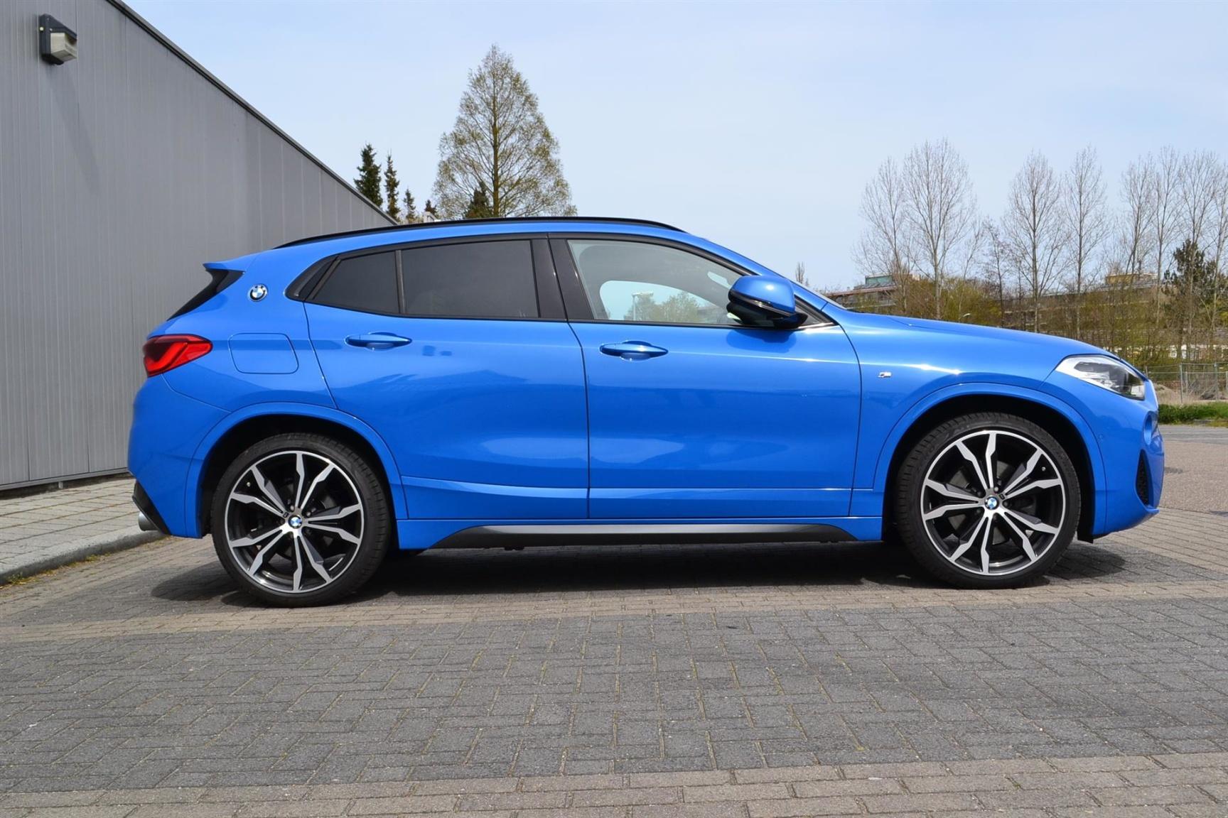 BMW-X2 XDRIVE20I-30