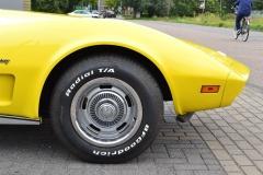 Chevrolet-Corvette-8