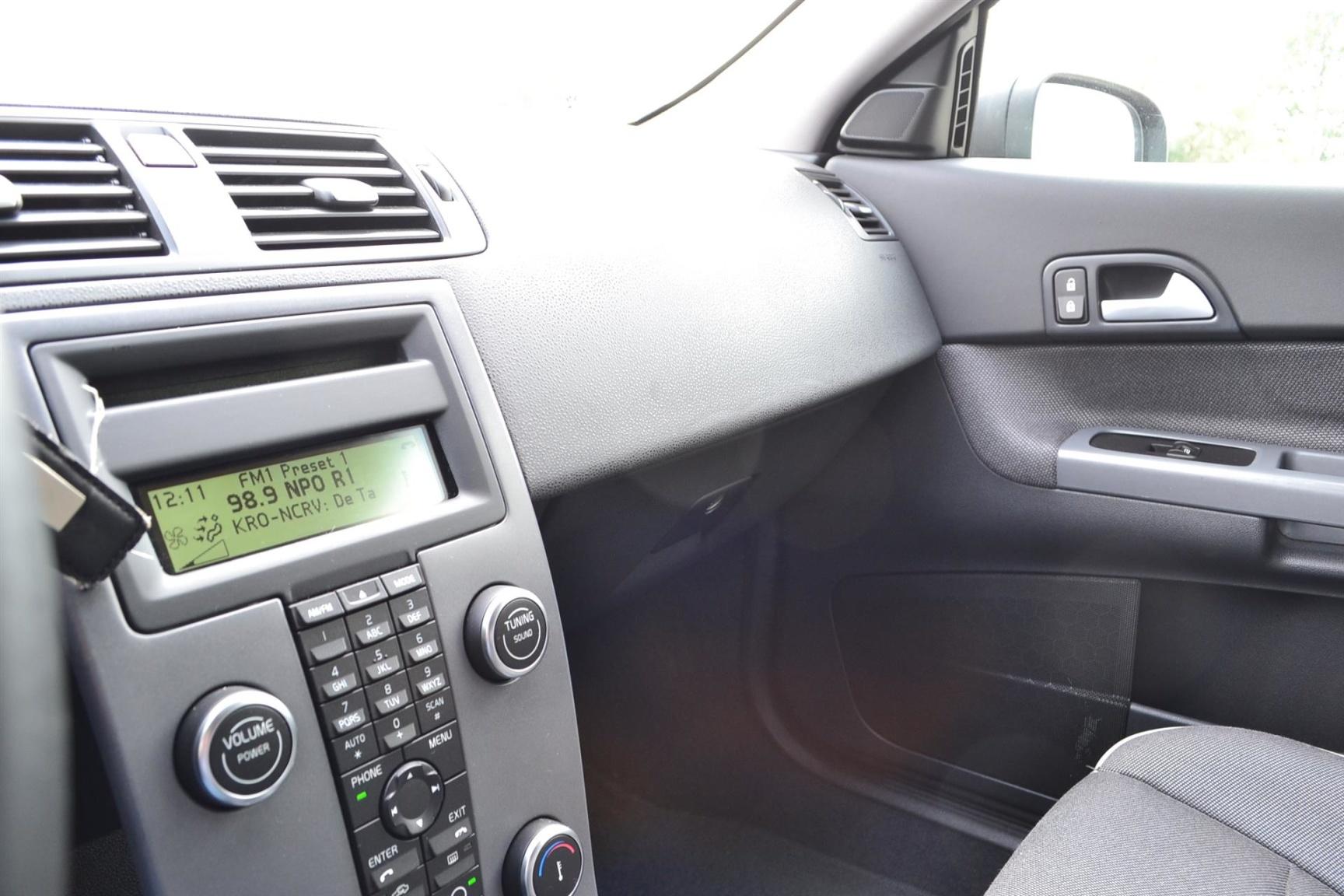 Volvo-C30-17