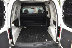 Volkswagen-Caddy-32