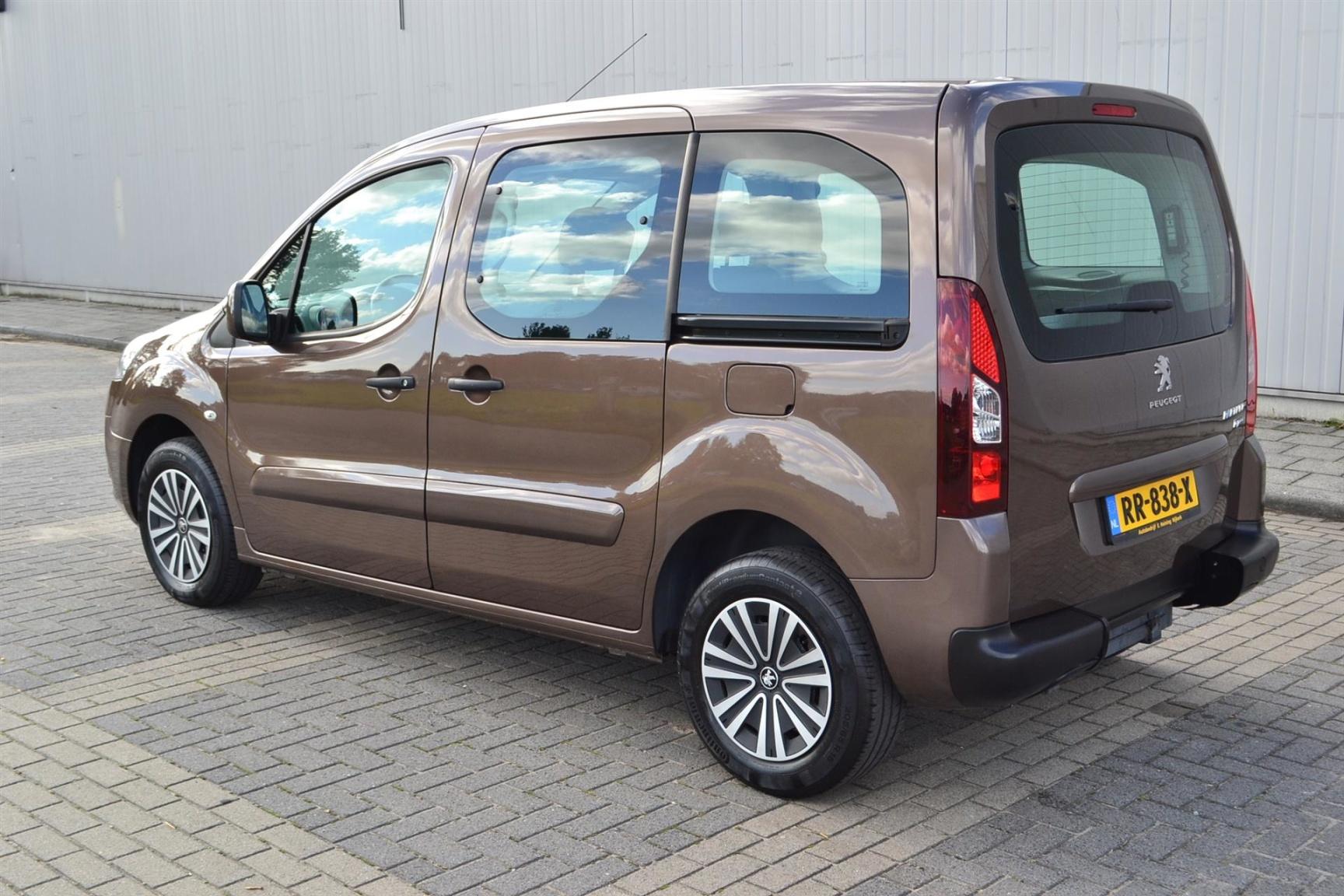Peugeot-Partner-35