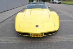 Chevrolet-Corvette-30