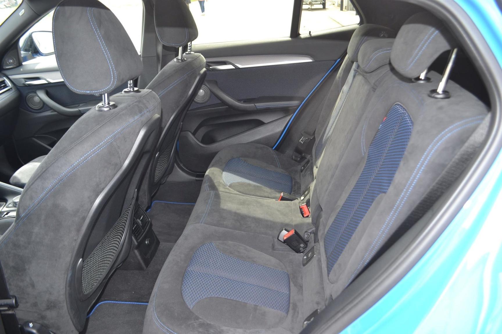 BMW-X2 XDRIVE20I-11