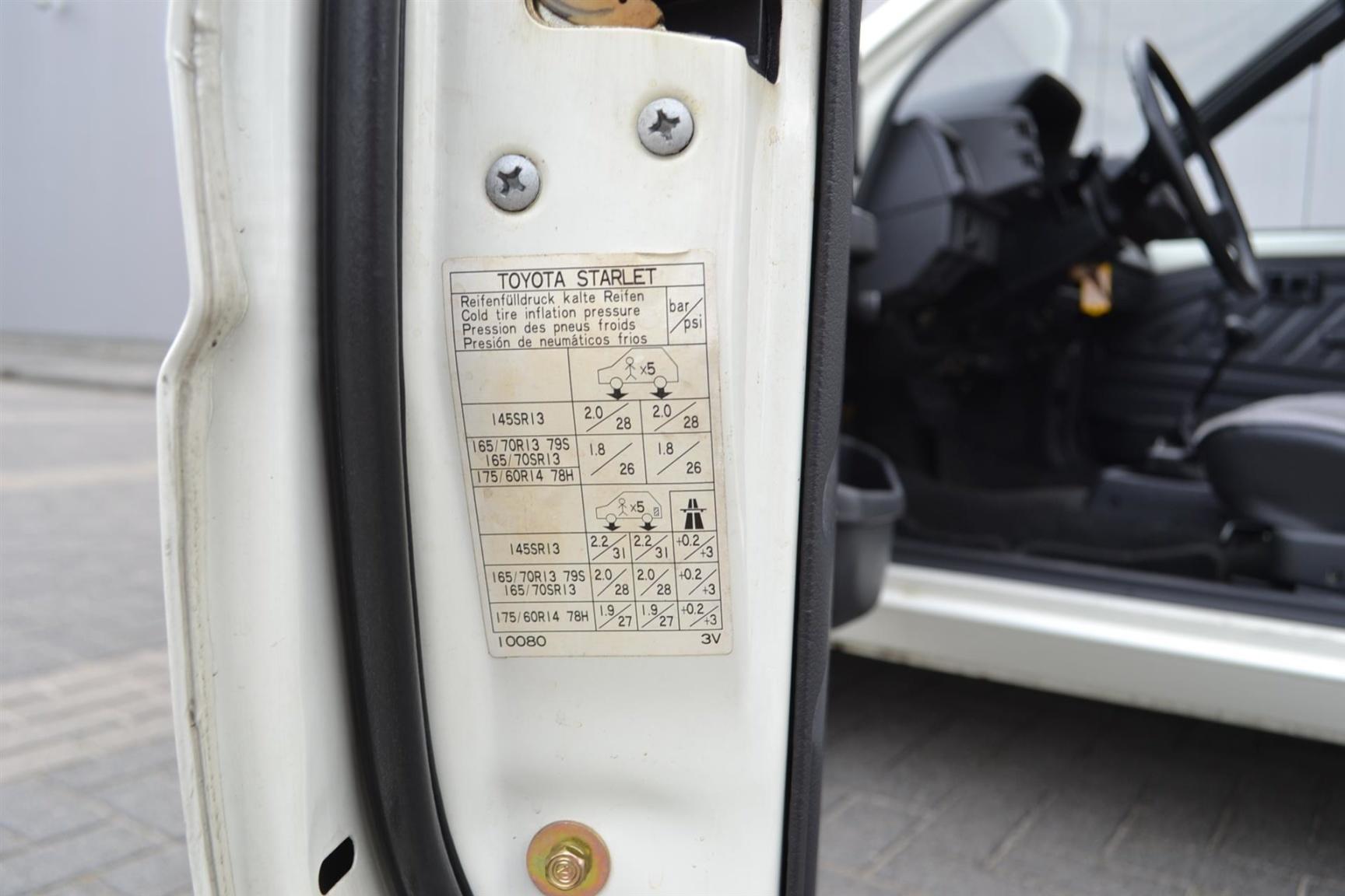 Toyota-Starlet-18