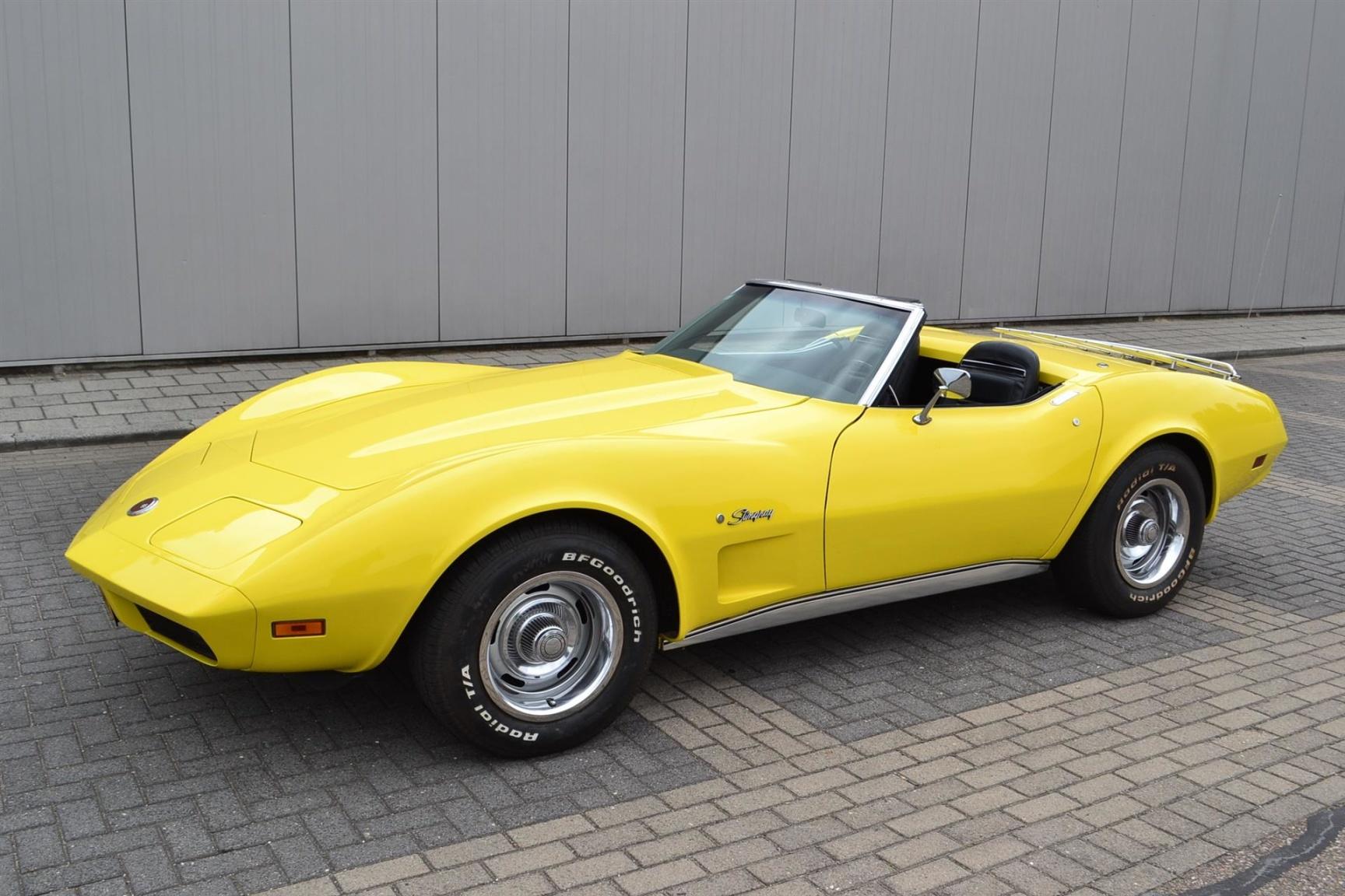 Chevrolet-Corvette-20
