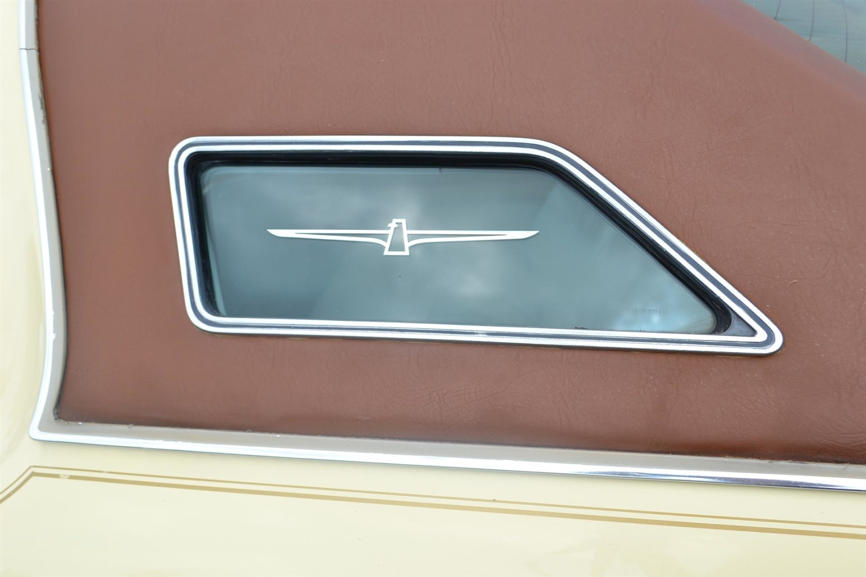 Ford-Thunderbird-39