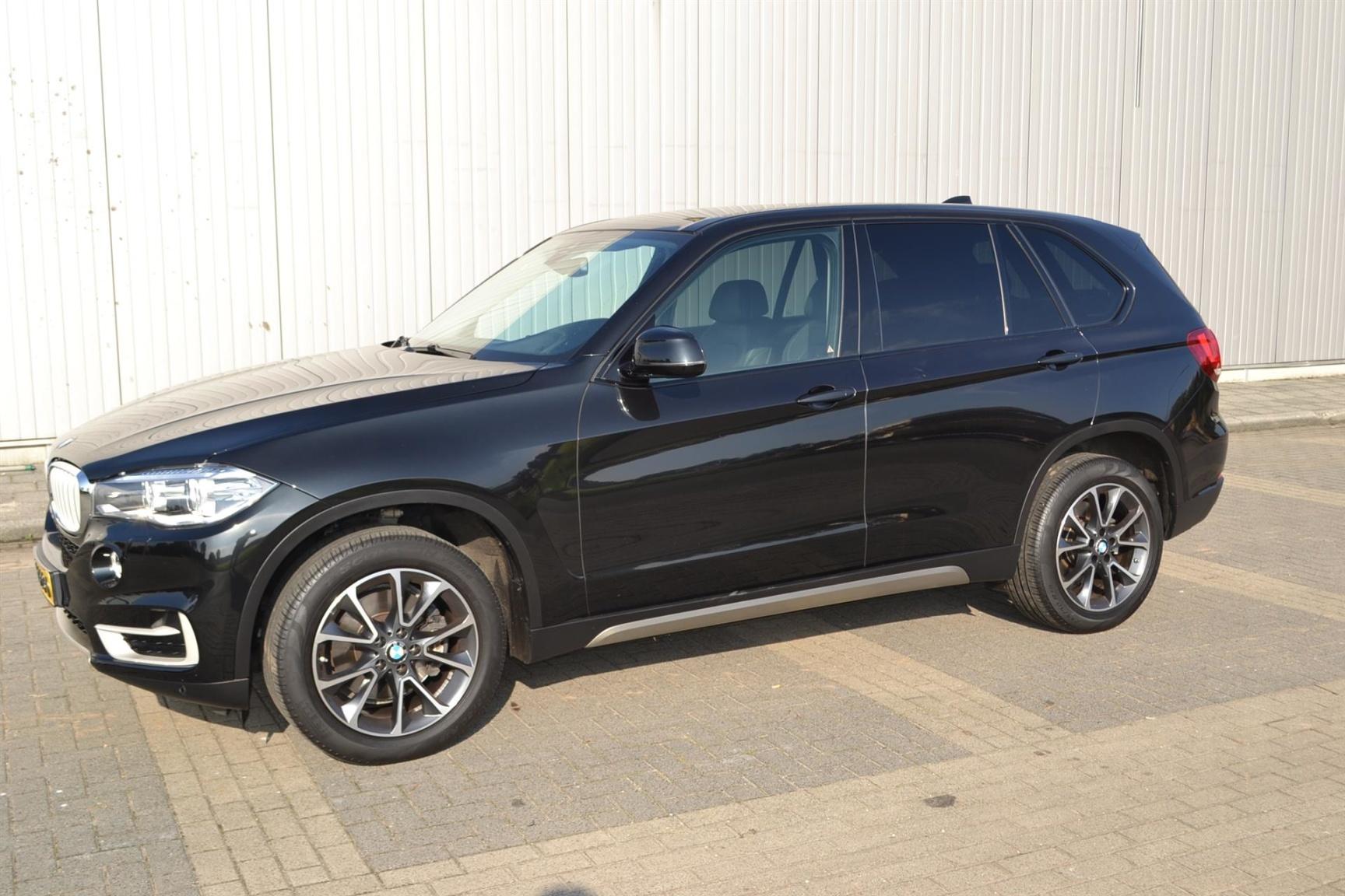 BMW-X5-22