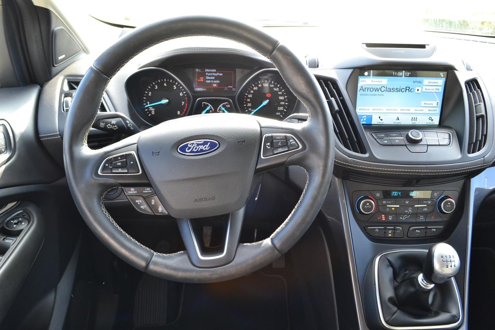 Ford-Kuga-12