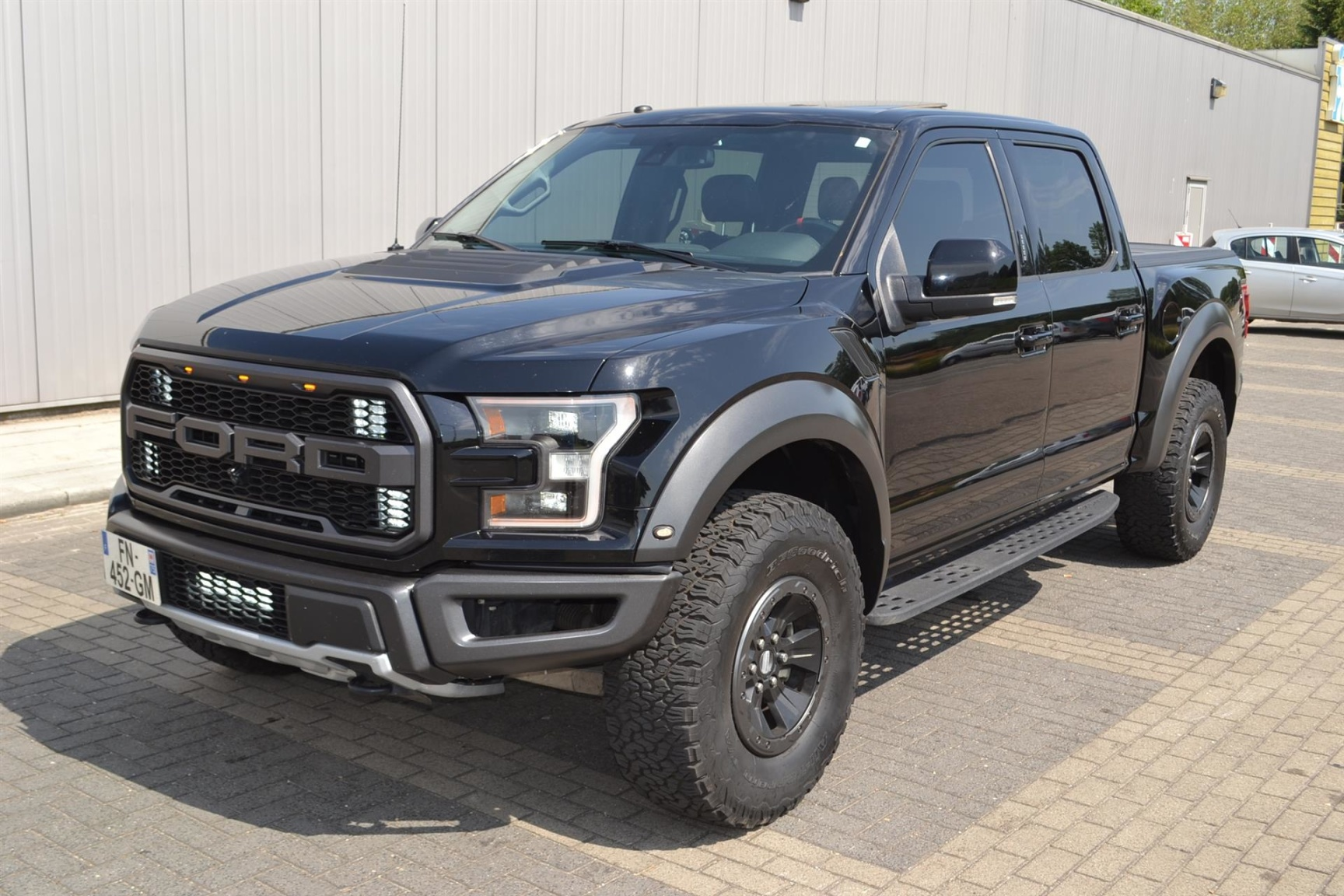Ford USA-F-150-25