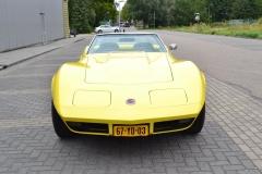 Chevrolet-Corvette-18