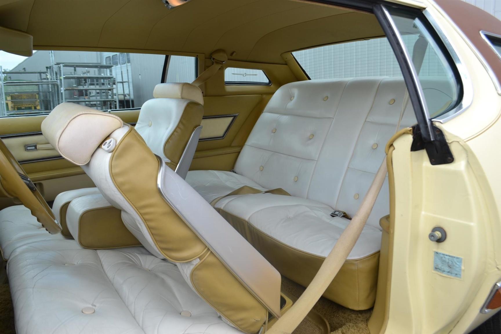 Ford-Thunderbird-14
